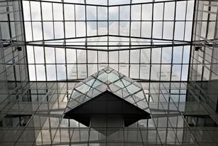 ภาพตัวอย่างกระจกภายในอาคาร